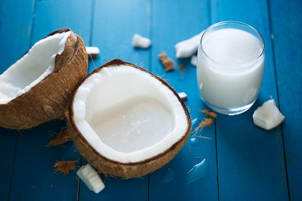 Biljni napitak od kokosa