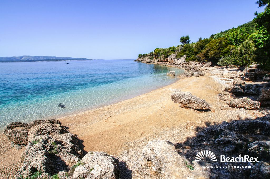 Plaža Mia, Bol