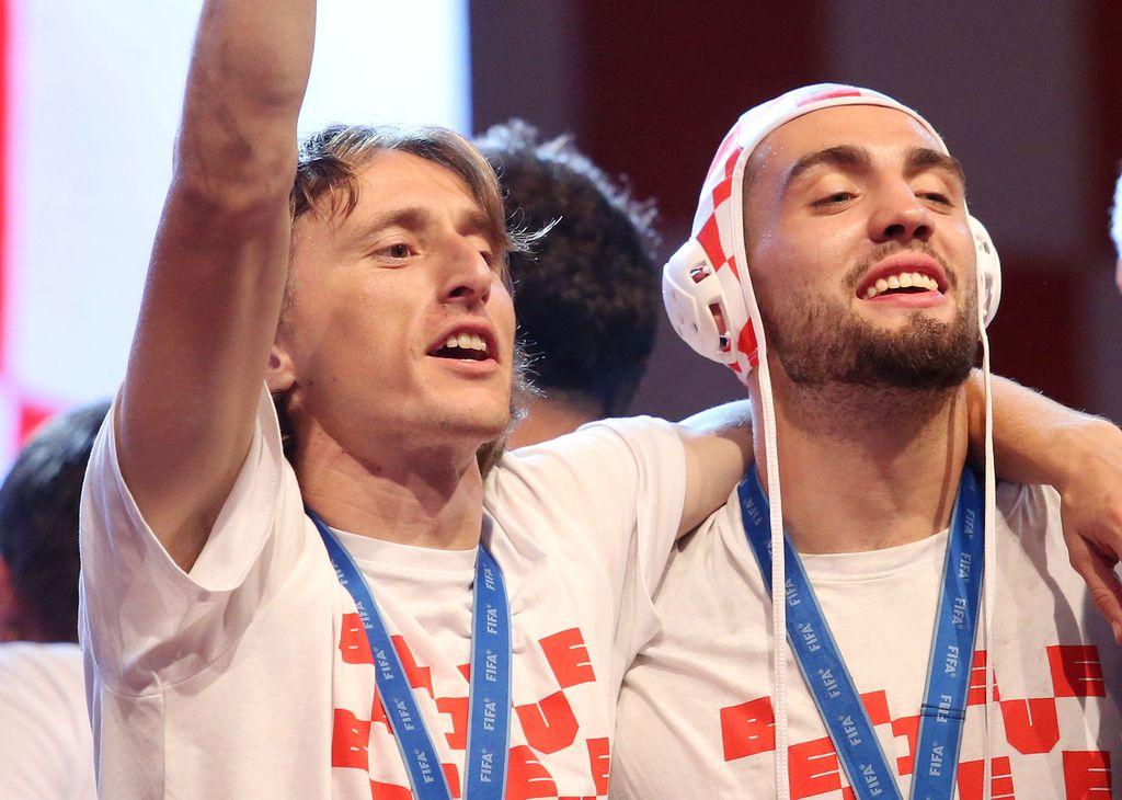 Luka Modrić i Mateo Kovačić (Foto: Petar Glebov/PIXSELL)