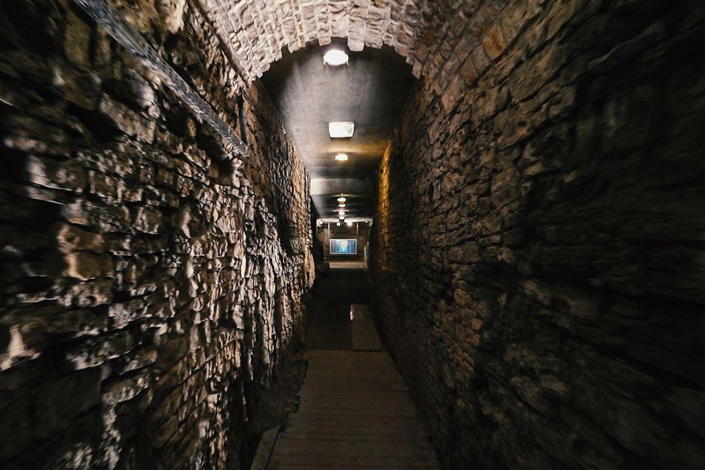 Podzemlje - prostor ispod Arene u kojem su gladijatori čekali borbe