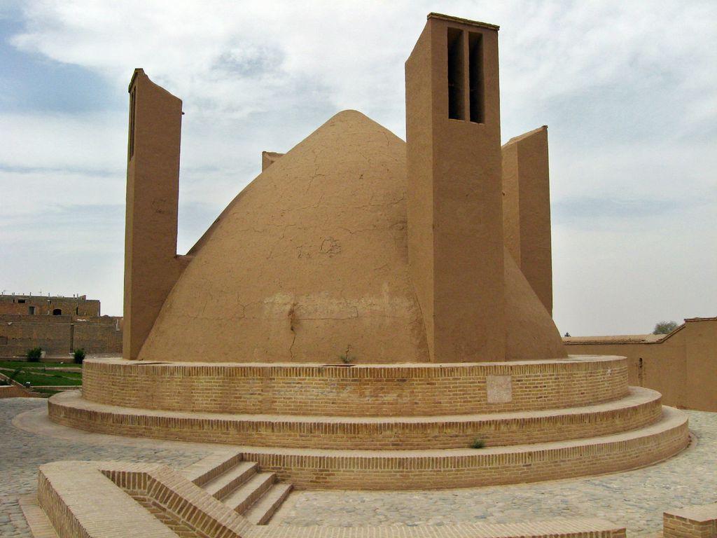 Yakhchal