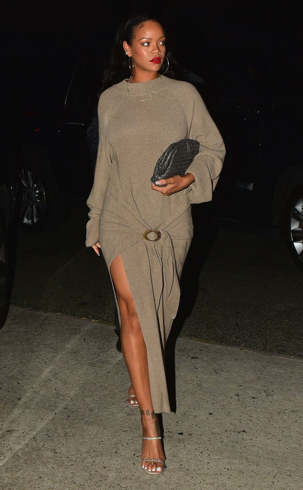 Rihanna u haljini brenda Nanushka