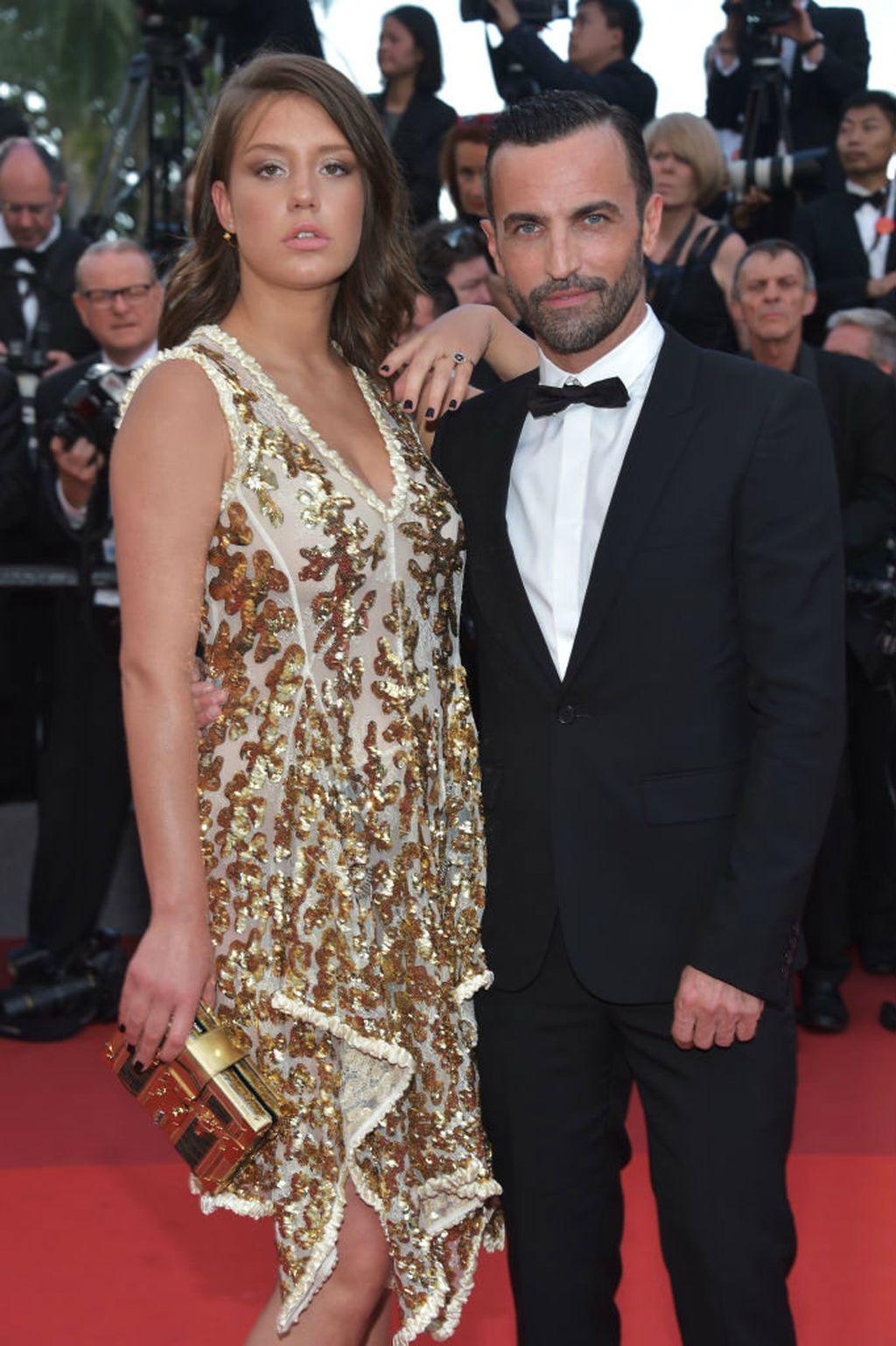 Glumica Adele Exarchopoulos sa svojom Petite Malle torbom u društvu Nicolasa Ghesquierea