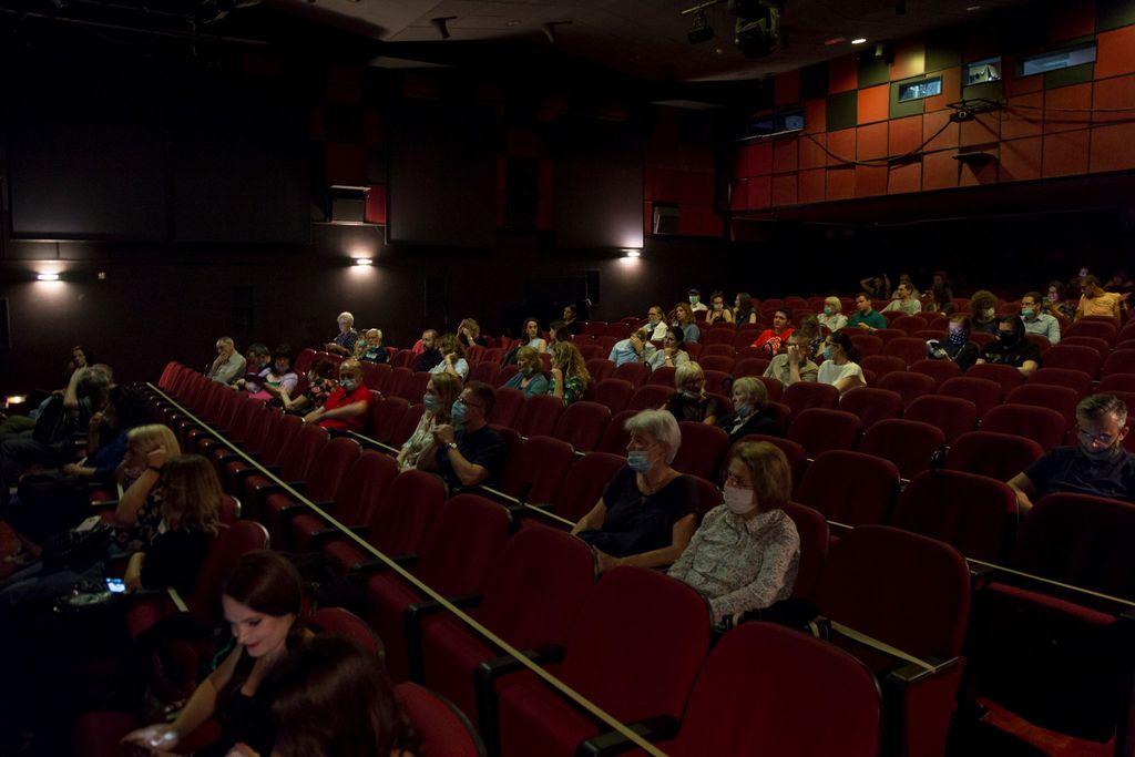 Ljetne noći Teatra Exit se već tradicionalno održavaju na vanjskim pozornicama u dvorištu Muzeja za umjetnost i obrt