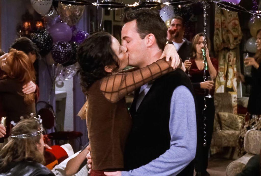 Courteney Cox i Matthew Perry glumili su Monicu i Chandlera u Prijateljima - 4