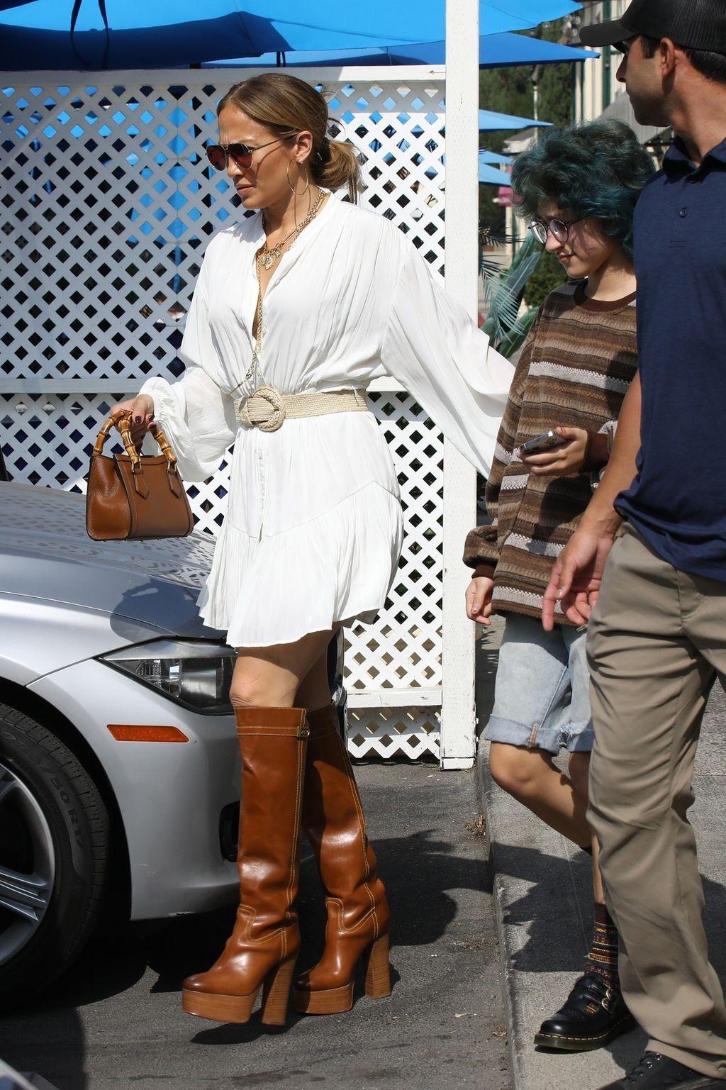 Jennifer Lopez u čizmama s vrtloglavom potpeticom - 2