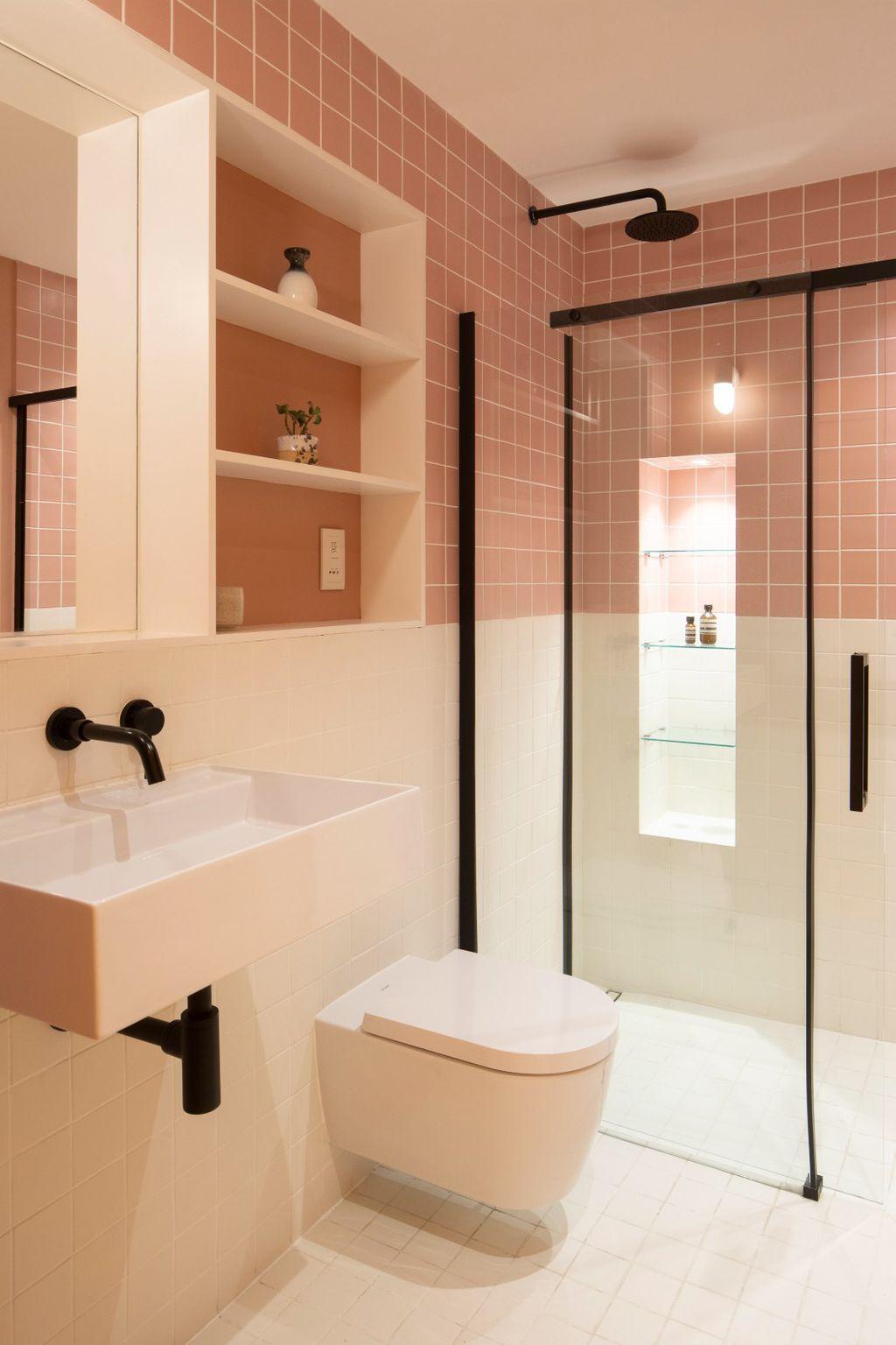 Walk-in tuš u maloj kupaonici - 12