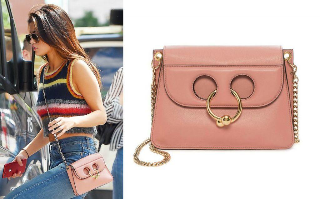 Selena Gomez voli ružičasti model