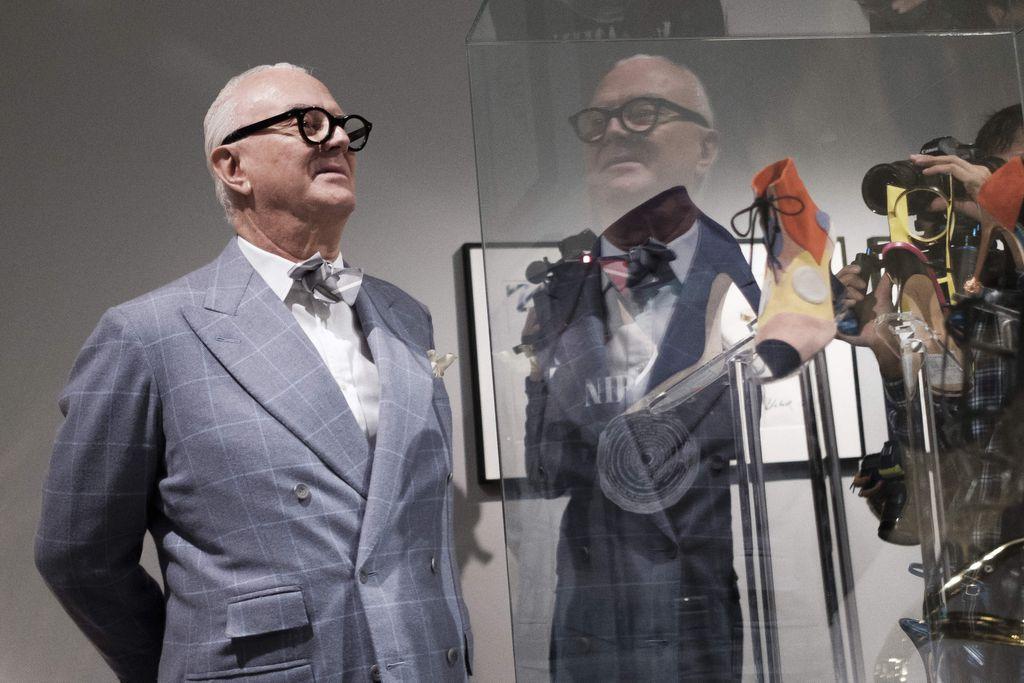 Dizajner Manolo Blahnik na izložbi u Madridu