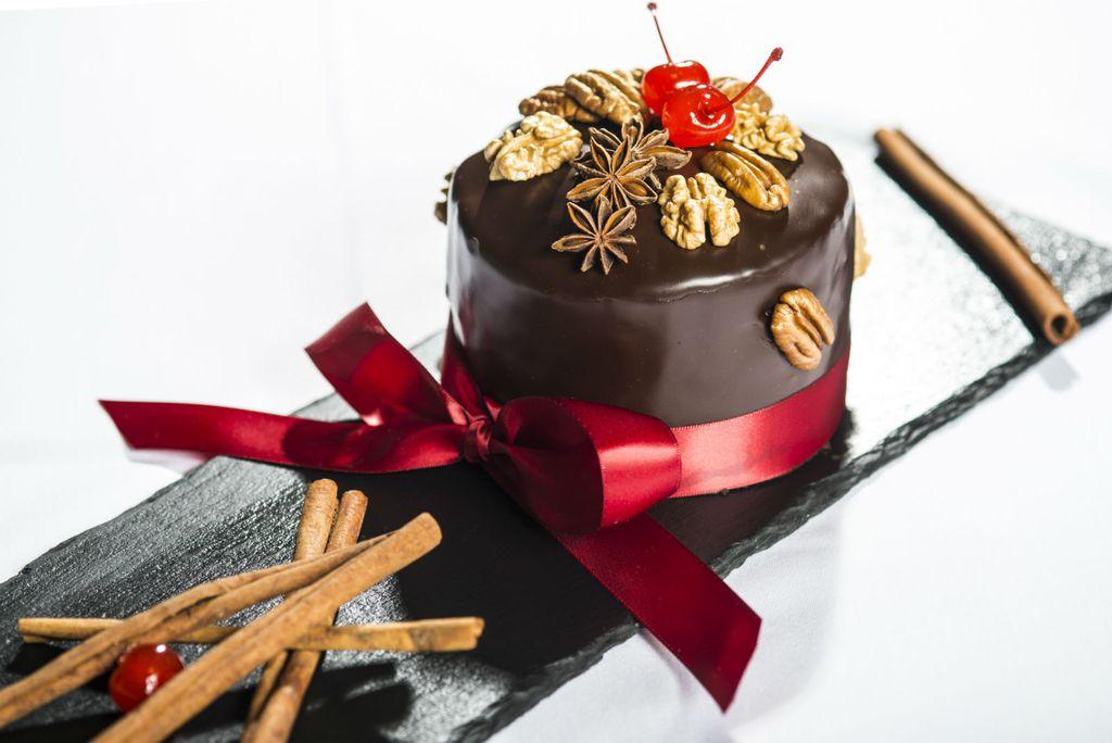 Esplanade Gourmet Cake
