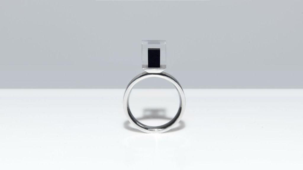 Prsten s kockicom smoga