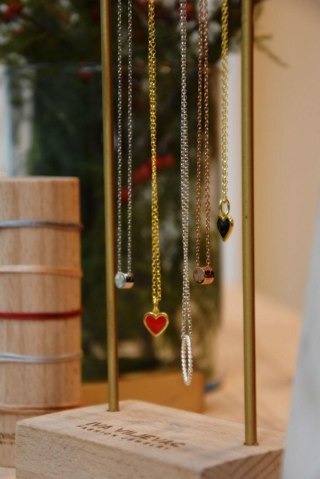 Novouređena prodavaonica nakita mlade dizajnerice Ive Viljevac u centru Zagreba - 11
