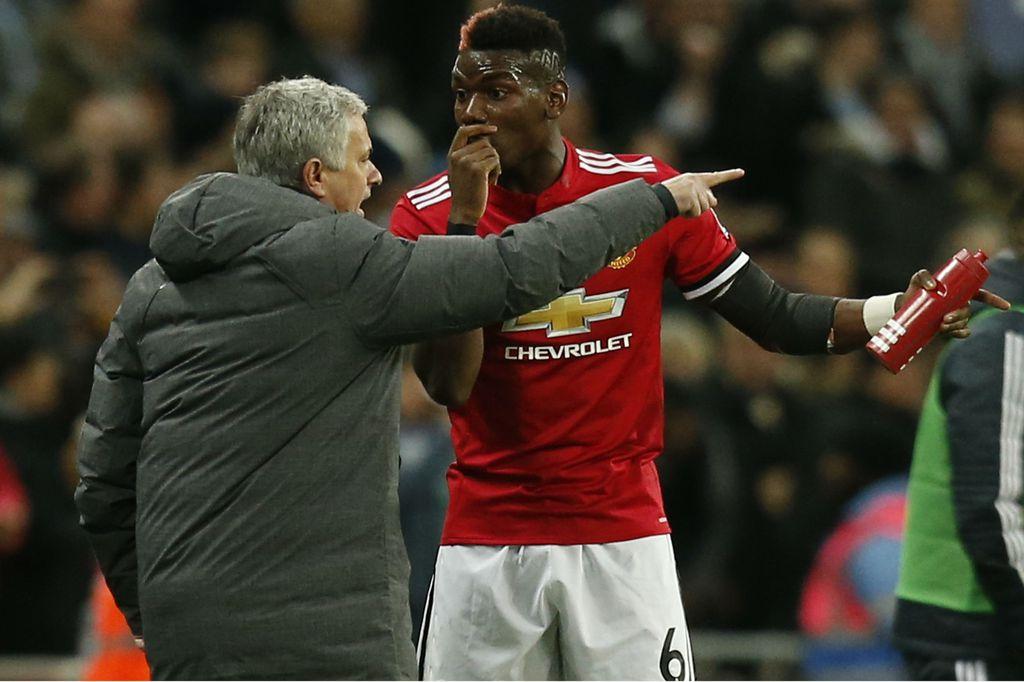 Jose Mourinho i Paul Pogba (Foto: AFP)