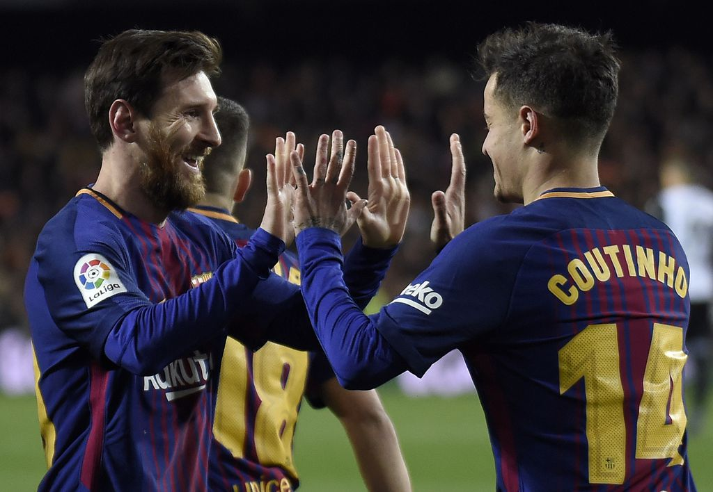 Messi slavi pogodak s Coutinhom (Foto: AFP)