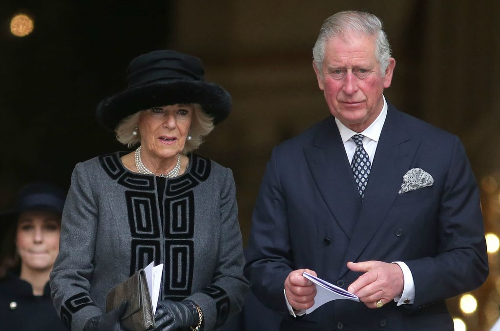 Princ Charles i Camilla Parker Bowles - službeno zajedno od 1998. godine