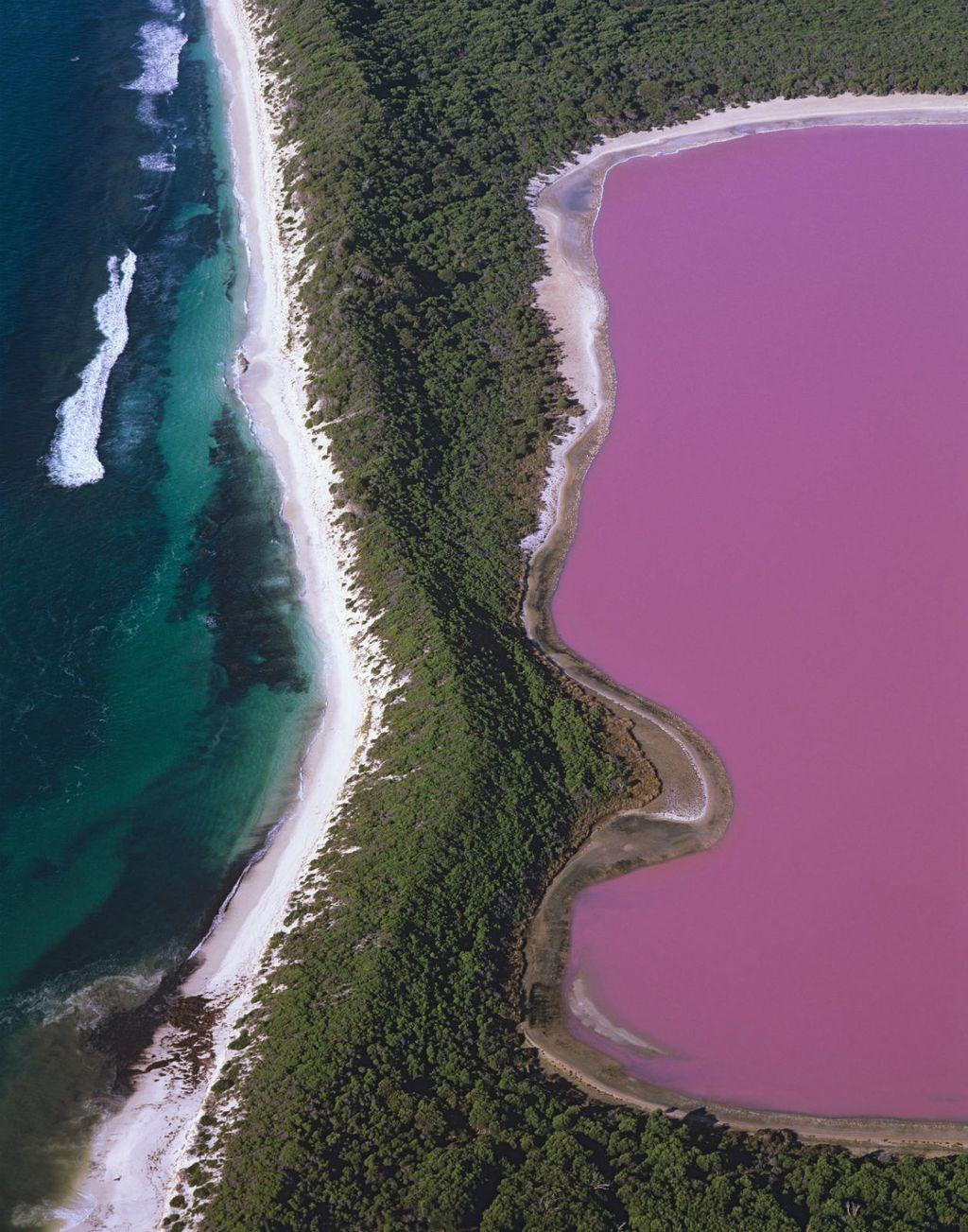 Veličanstven prizor iz zraka na jezero Hillier