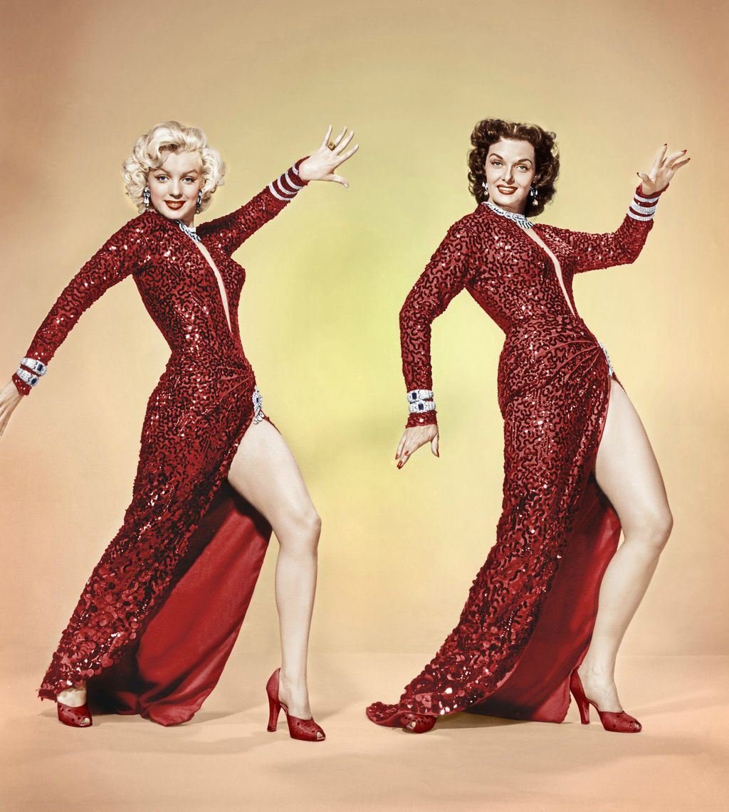 Marilyn Monroe I Jane Russell 1953. u haljinama iz filma \'Muškarci više vole plavuše\'