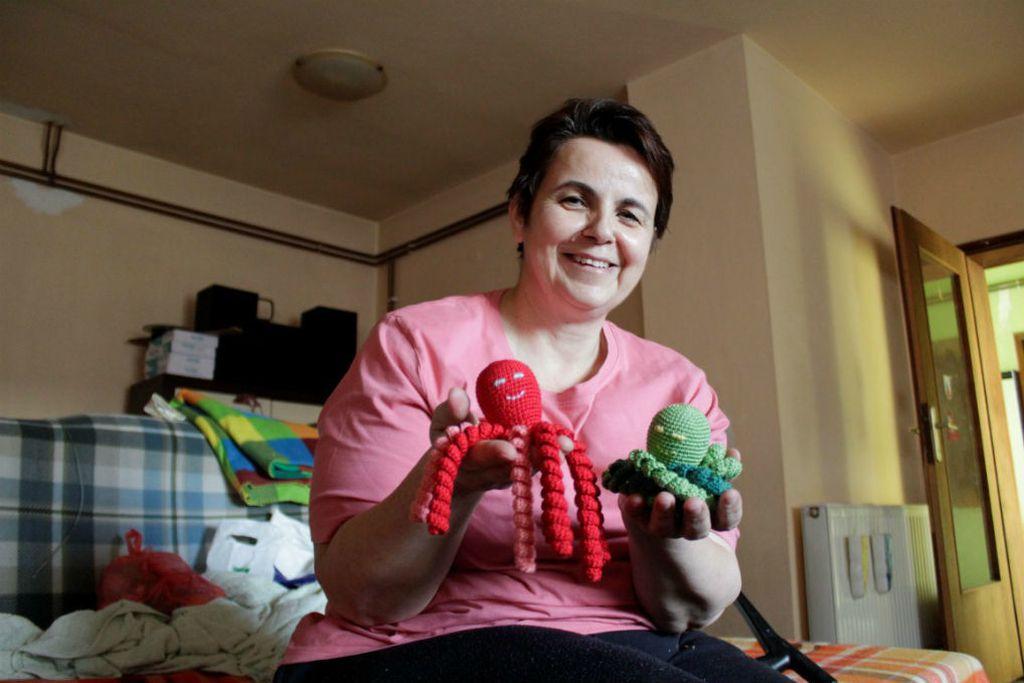Opća bolnica Virovitica je među prvima u Hrvatskoj koja bebama nudi hobotnicu za smirenje i utjehu - 1
