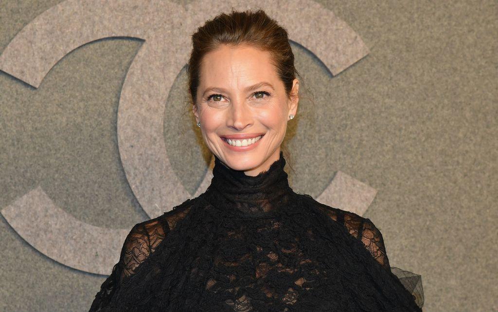 Christy na reviji modne kuće Chanel u prosincu 2018. godine