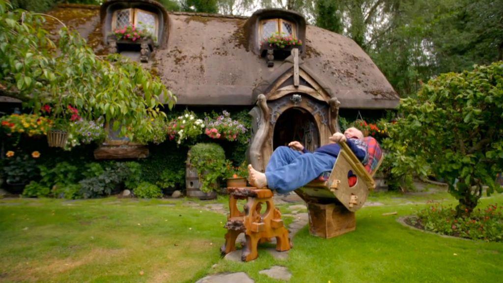 Prava \'Hobit\' kućica u kojoj živi umirovljenik Stuart Grant - 4