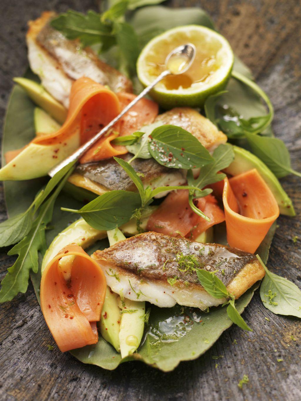 U salatu možete staviti i pečene komade ribe