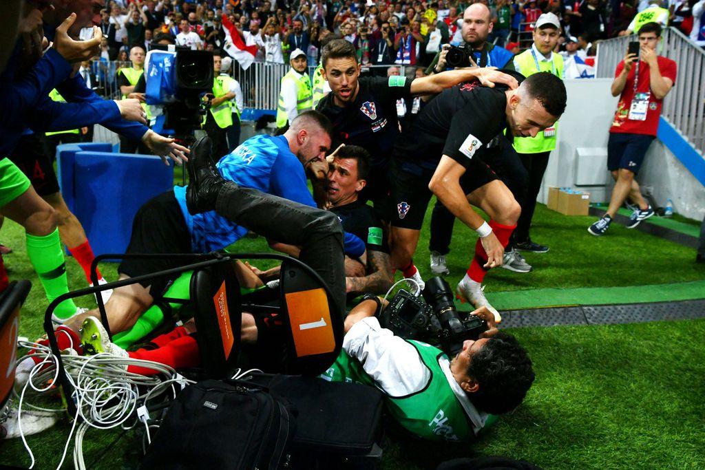 Naši nogometaši pregazili su fotografa AFP-a