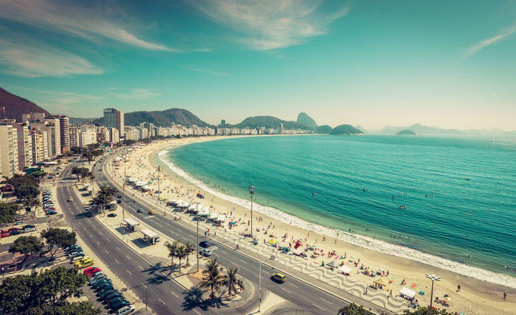 Popularna plaža Ipanema u Rio de Janeiru