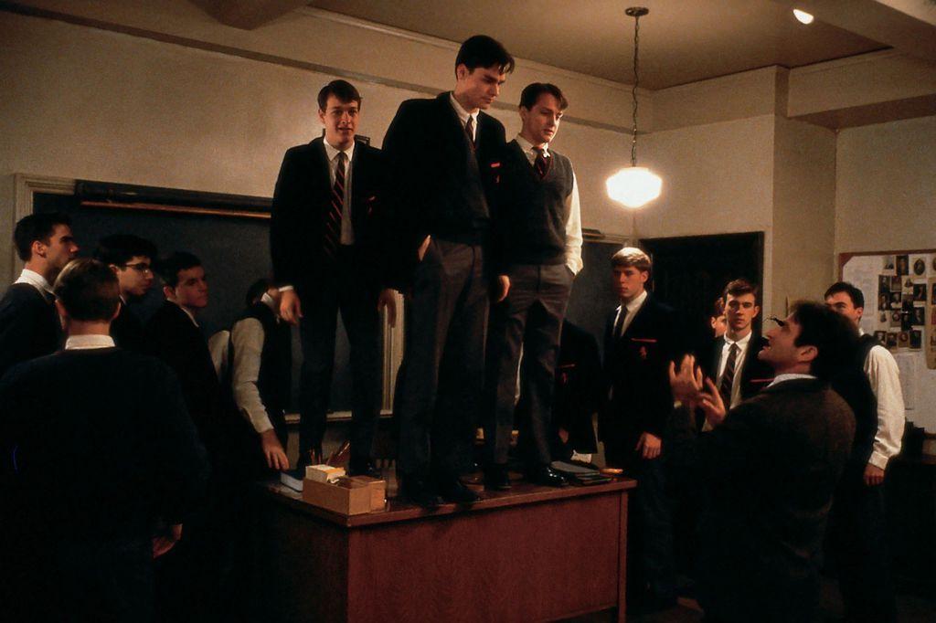 Scena iz filma \'Društvo mrtvih pjesnika\' snimljenog 1989. godine