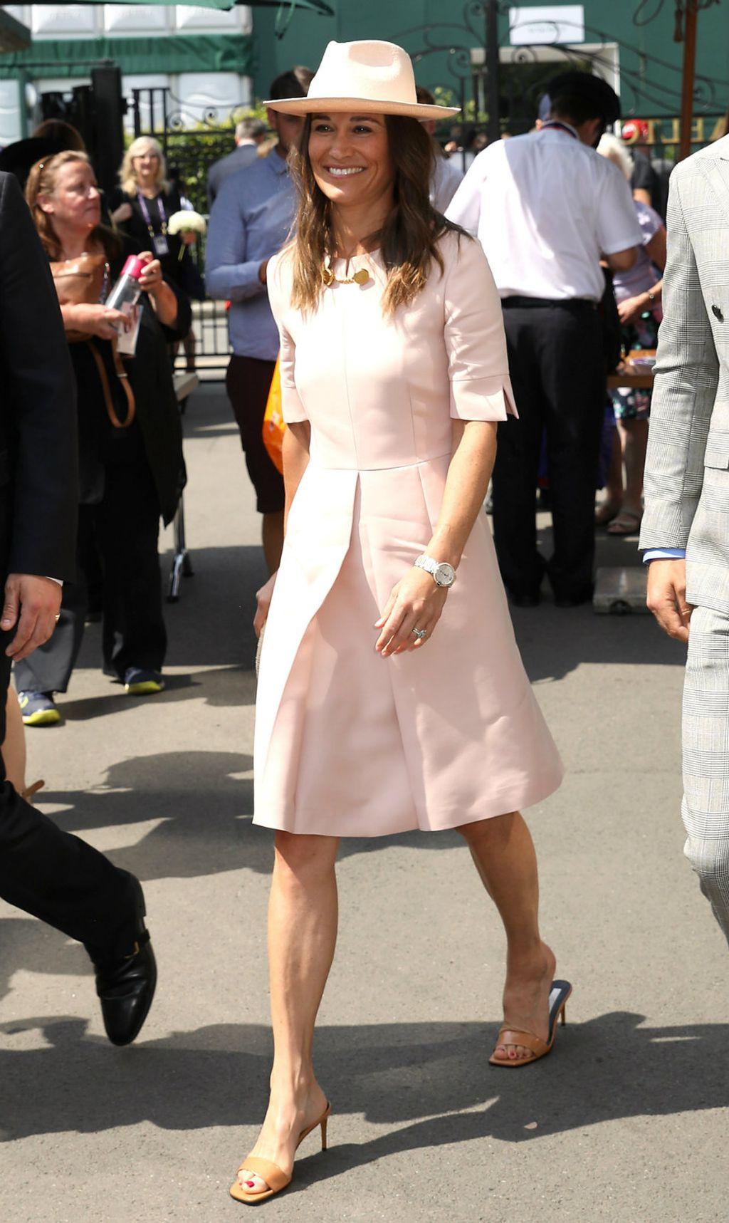 Pippa u haljini i natikačama Stelle McCartney