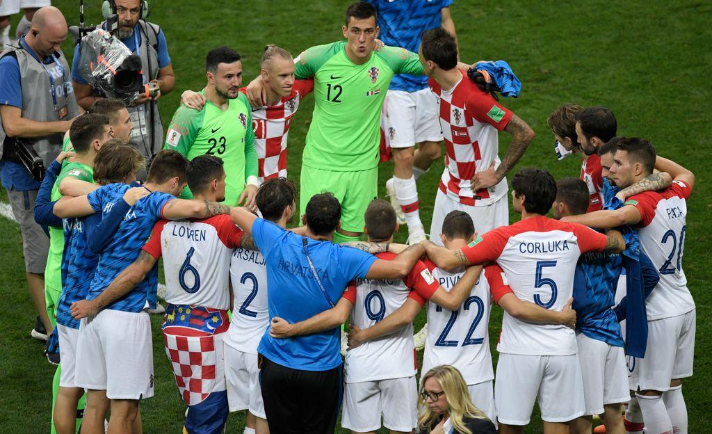 Hrvatski nogometaši nakon poraza u finalu