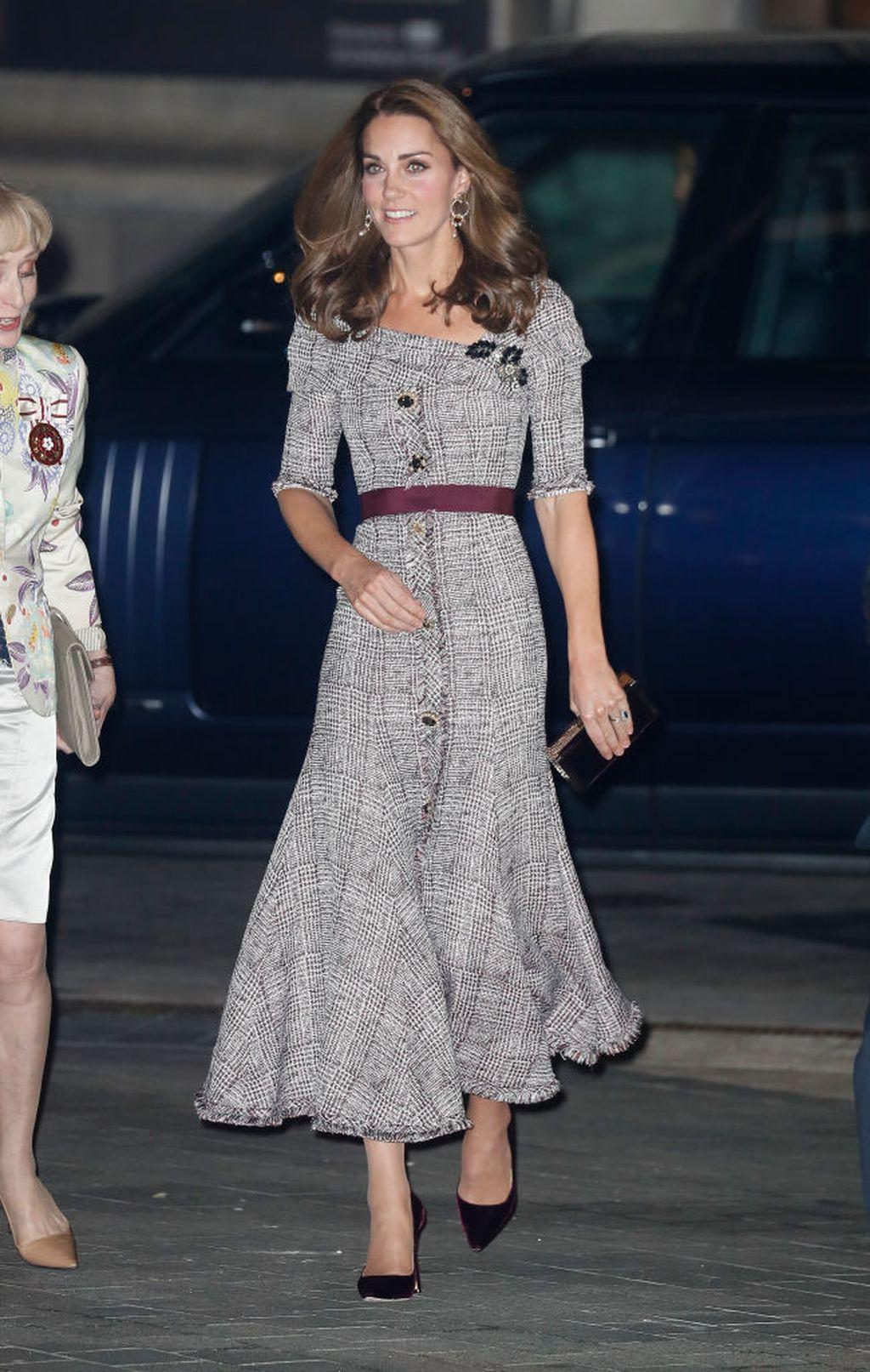 Catherine u haljini modne kuće Erdem koja je stajala nešto više od 11 tisuća kuna