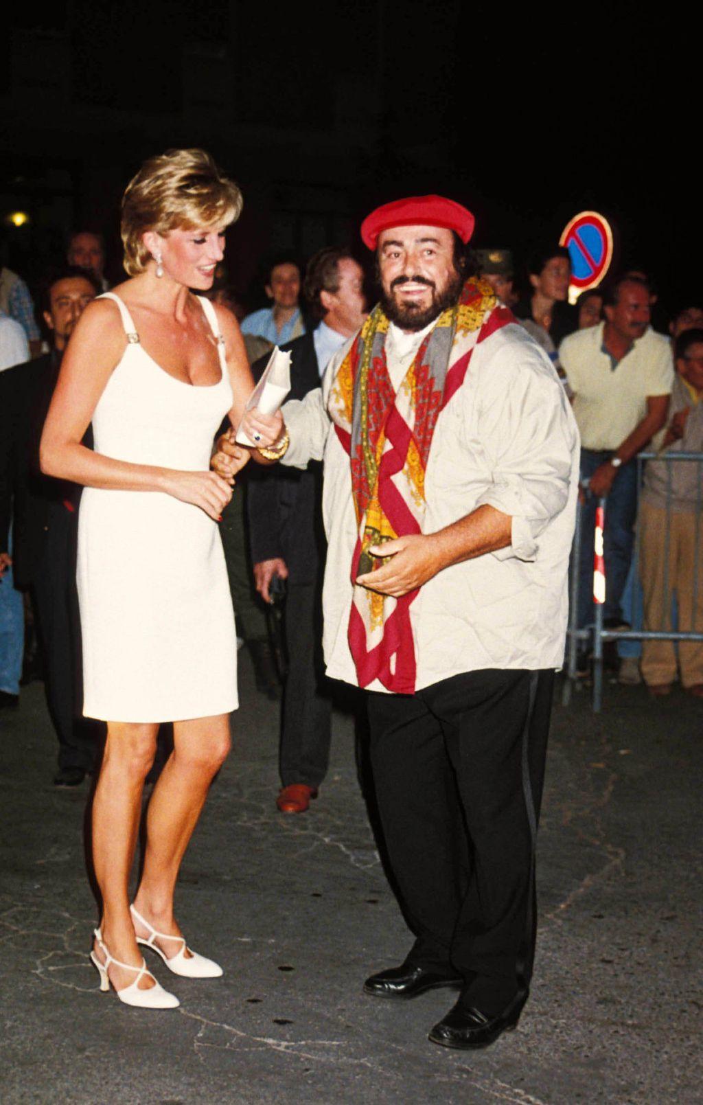 Princeza Diana s Lucianom Pavarottijem u Modeni na humanitarnom koncertu