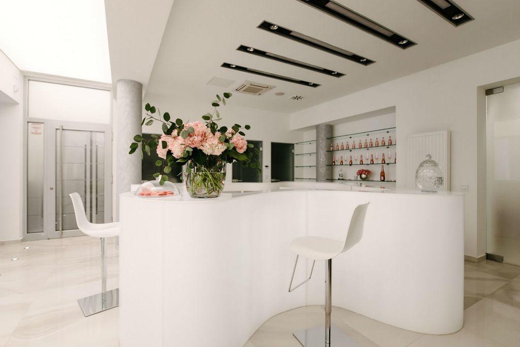 Zagrebački salon ljepote No. 26 Beauty Lounge klijentima nudi usluge uz uz kavu, čaj ili džin limunadu za potpuno opuštanje - 9