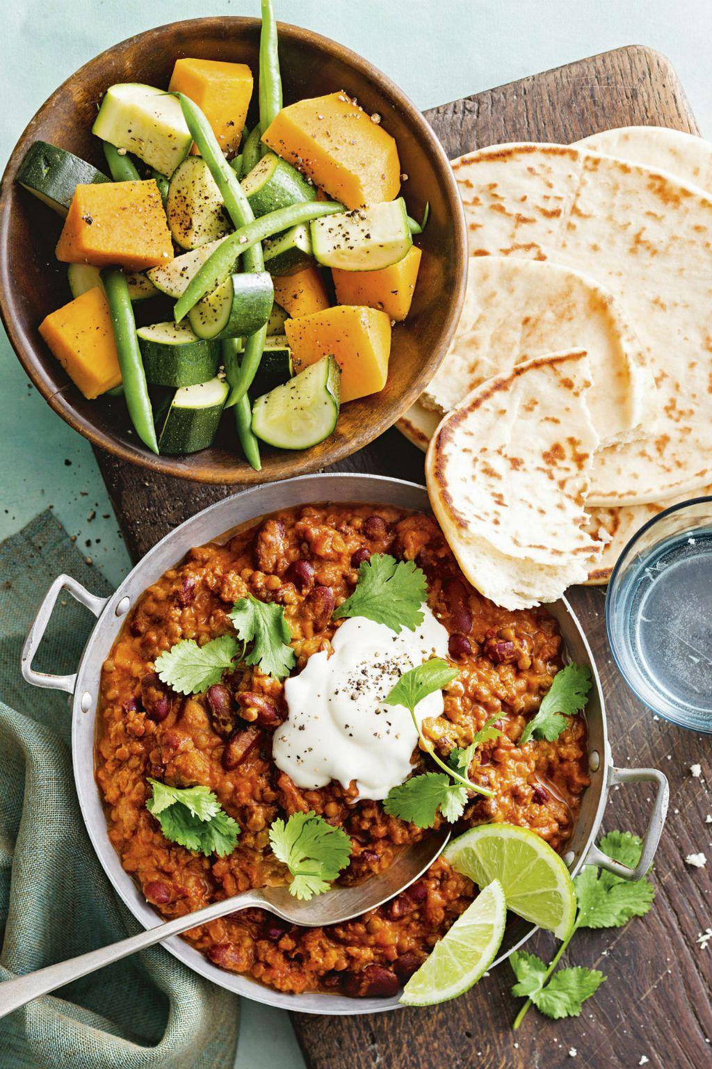 Naan se obično poslužuje uz curry