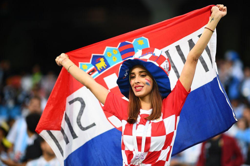 Navijačica Hrvatske (Foto: AFP)