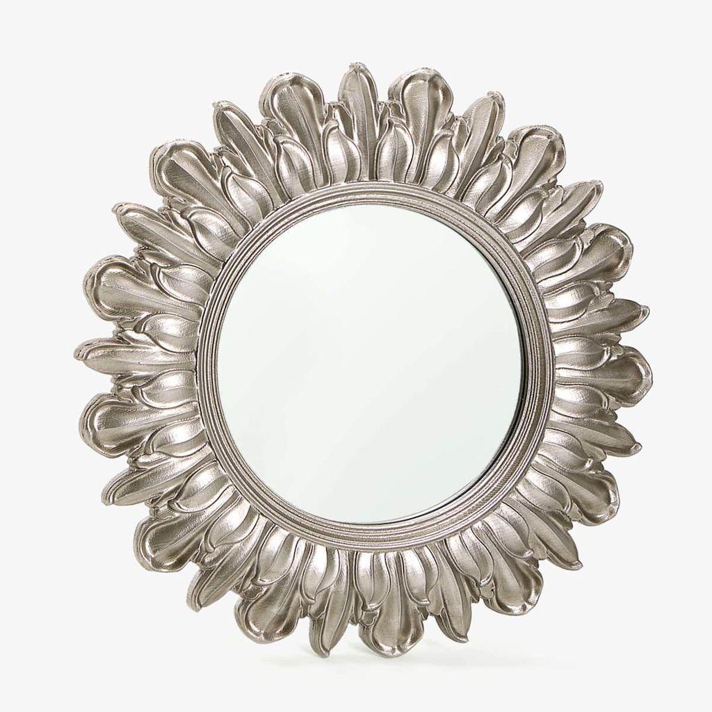 Ogledalo, 559 kn