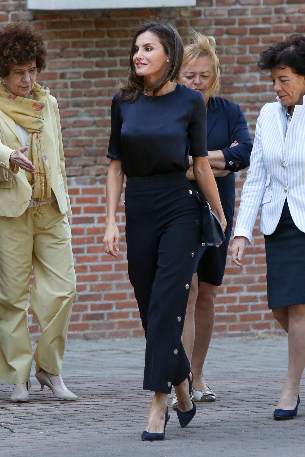 Kraljica Letizia posjetila je studentski dom u Madridu