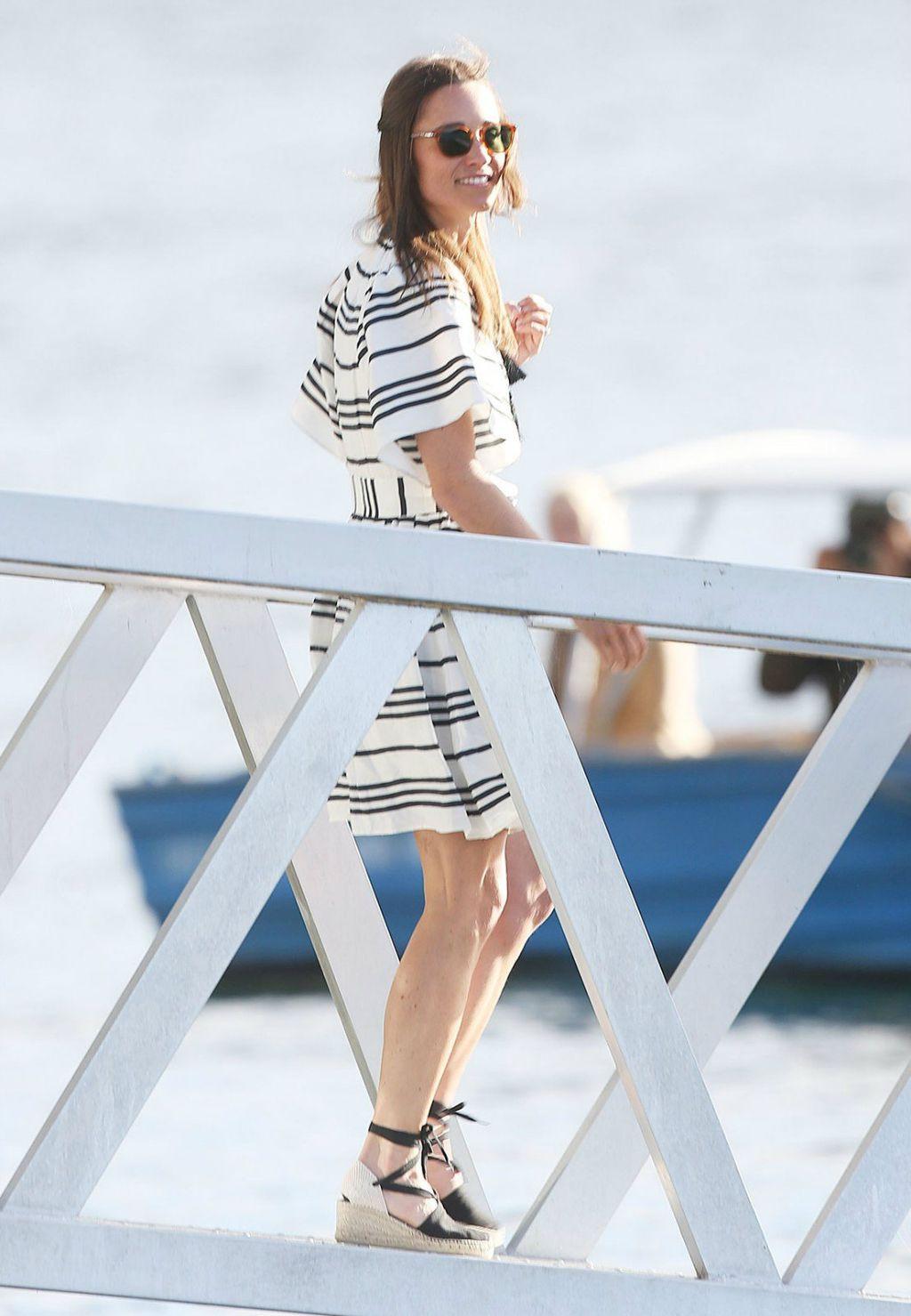 Pippa Middleton u Castaner espadrilama