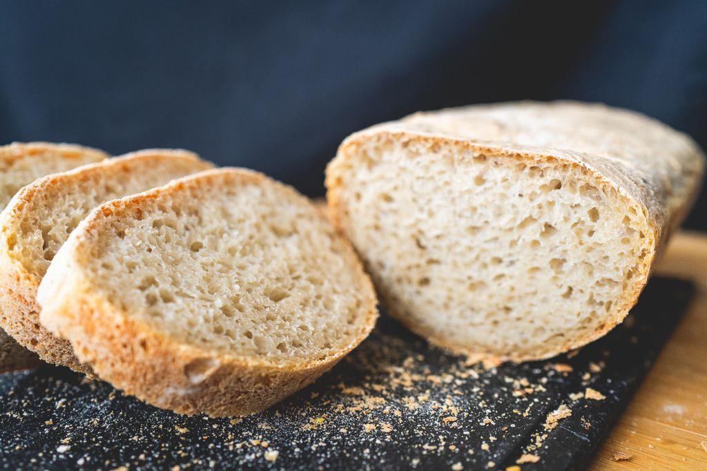 Domaći seljački kruh