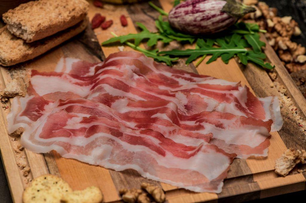 DOBRO slanina