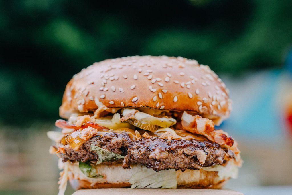 Il Fenomeno by Institut za burgere by Mate Janković