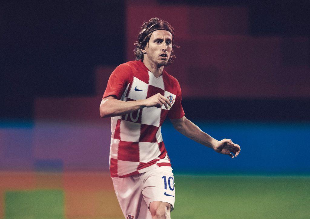 Luka Modrić u novom dresu za Svjetsko prvenstvo (Foto: HNS/Nike)