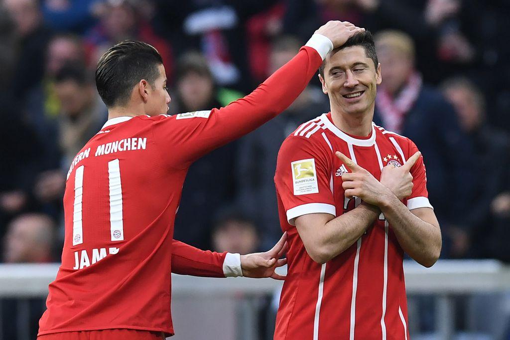 James Rodriguez i Robert Lewandowski (Foto: AFP)
