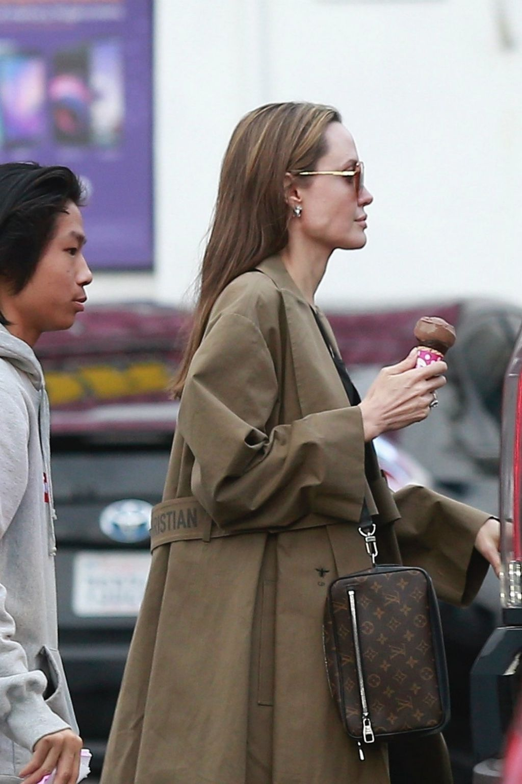 Angelina Jolie - 2