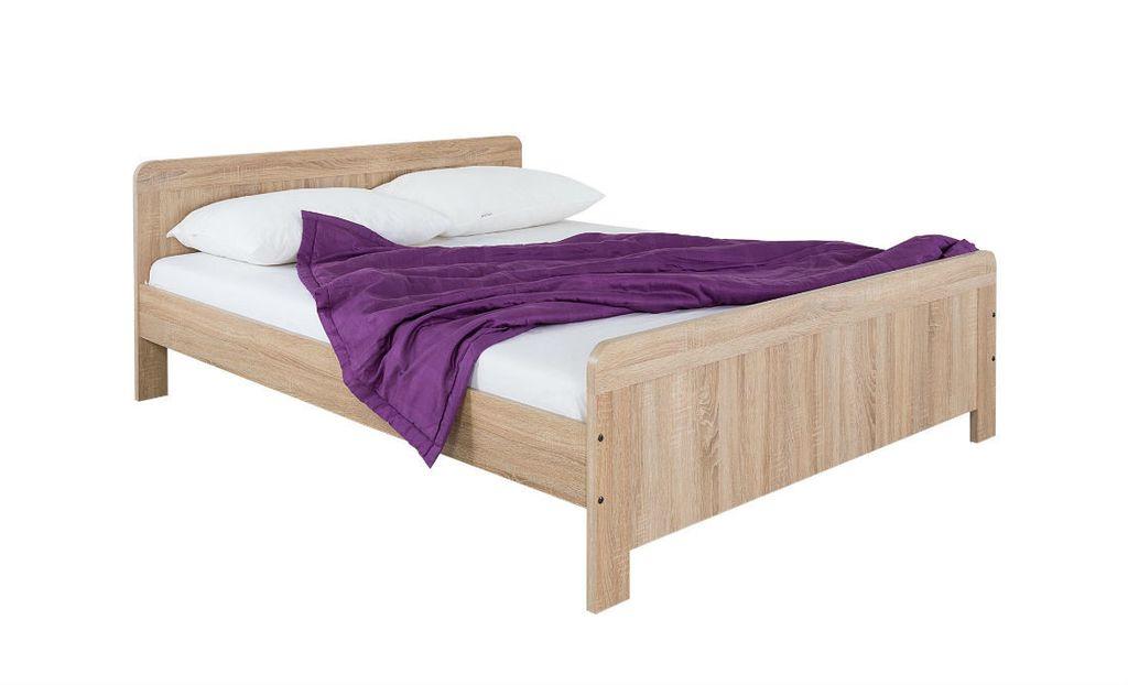 Drveni krevet kao inspiracija za uređenje spavaće sobe - 17