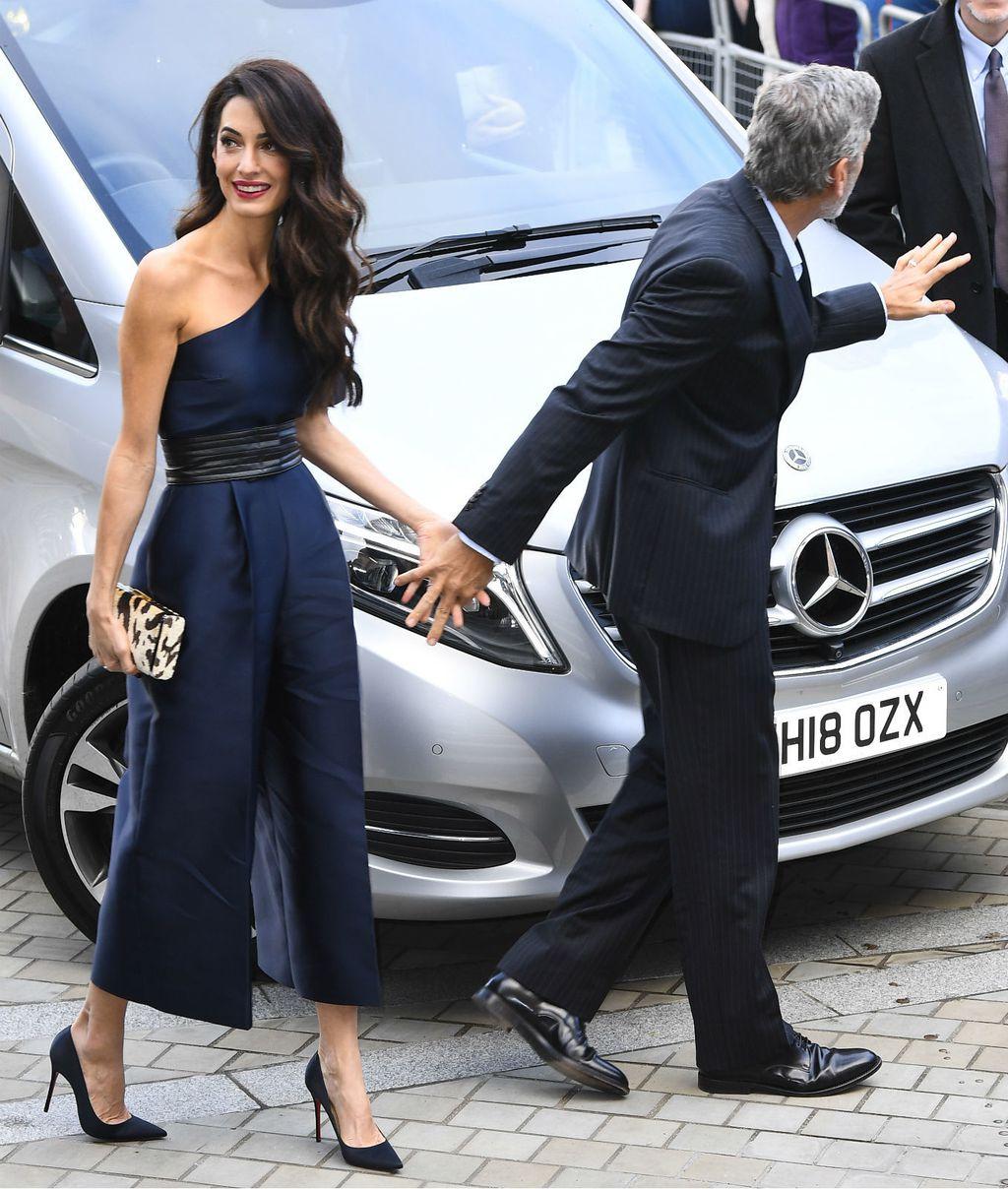 Amal Clooney u \'lažnoj\' haljini na dobrotvornom događanju u Edinburghu - 2