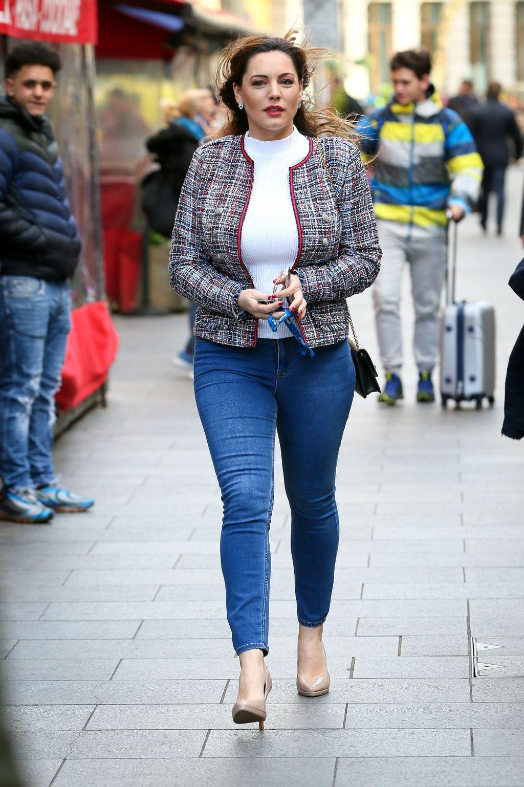 Kelly Brook obožava nositi traperice skinny kroja