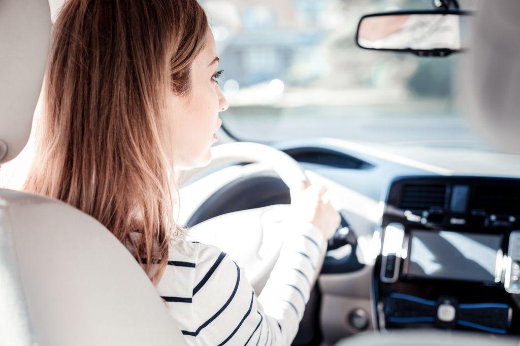 Vožnja auta simbolizira razinu kontrole nad našim životom