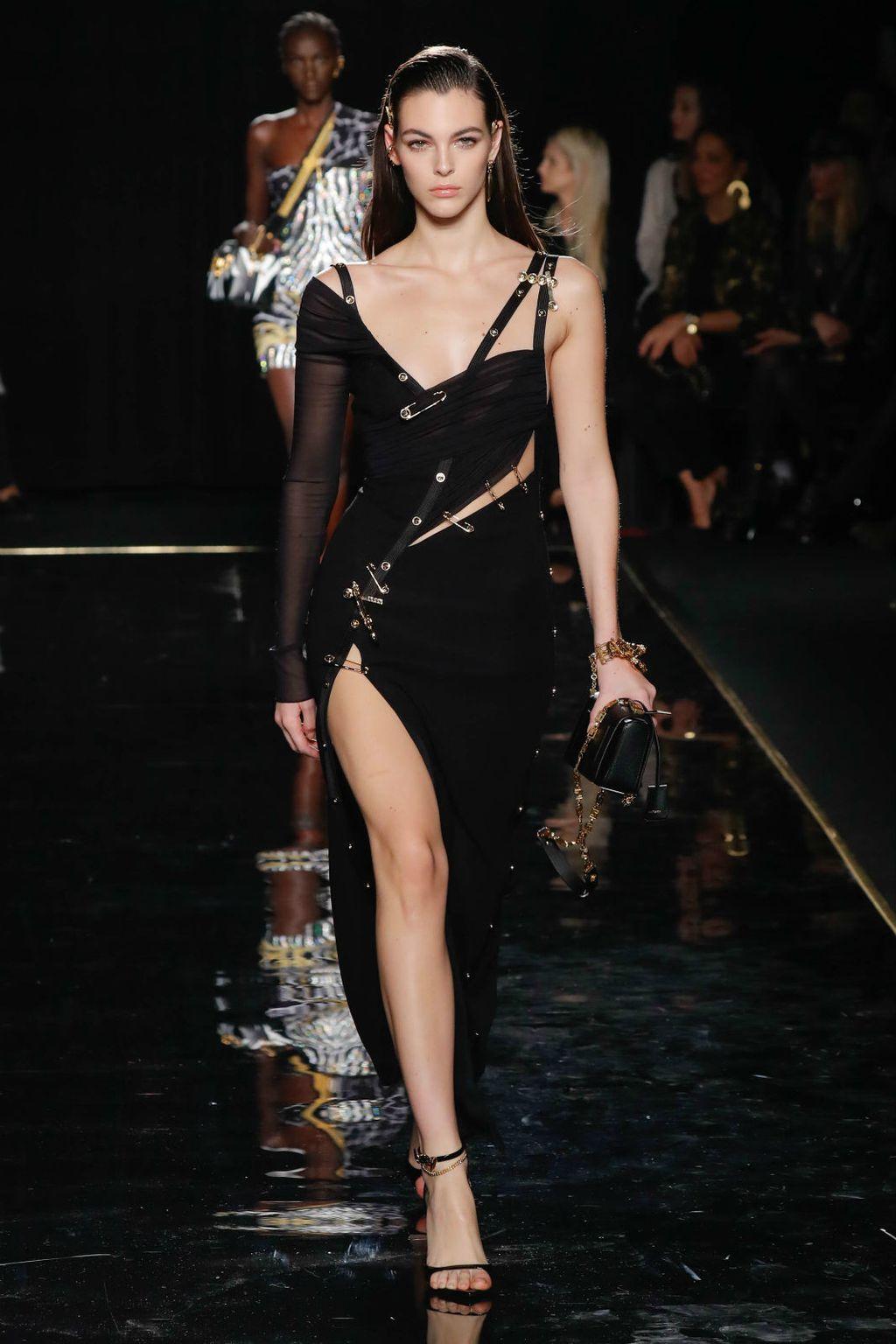 Versace mala crna haljina - 3