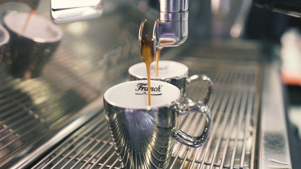 Za jednu šalicu espresso kave je potrebno 40 do 50 zrnca kave